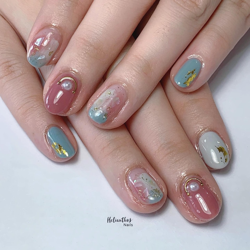 Helianthus Nails | 9 Home-Based Nail Salons With Gel Manicures From $28 | Vaniday